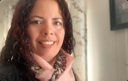 Tissini-mujer-emprendedora-en-venta-directa
